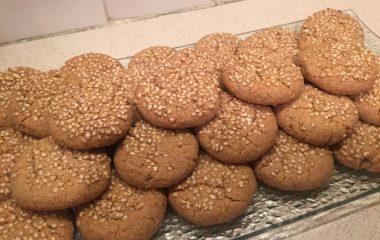 עוגיות טחינה וקמח קינואה ללא גלוטן כשר לפסח